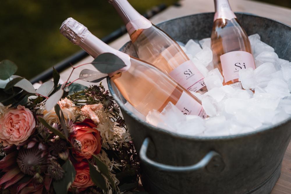 Photographe mariage, bouteille au vin d'honneur