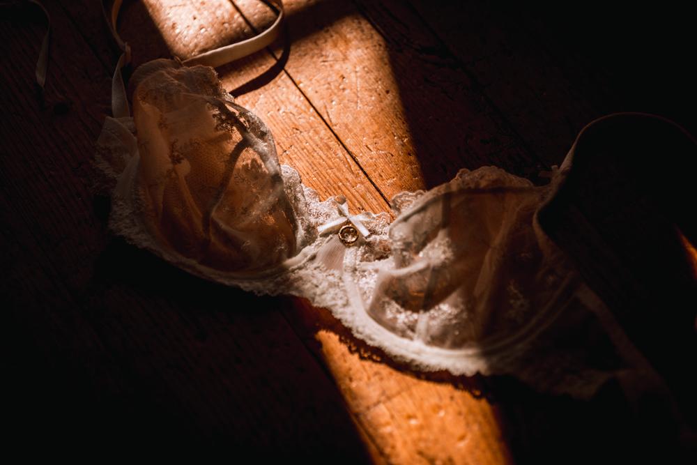 Photographe mariage, mayenne, maine et loire et sarthe, lingerie